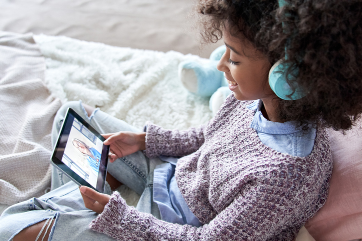 Newswise: GettyImages%20Child%20iPad.jpg